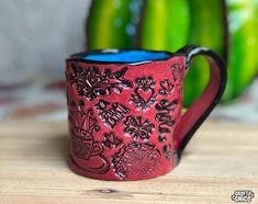 How to make stamped handbuilt clay mugs! These are so one-of-a-kind fabulous and even better to give as gifts! Clay Bowl, Clay Mugs, Ceramic Mugs, Walt Disney Signature, Slab Roller, Pottery Mugs, The Little Mermaid, Tea Cups, Unique Gifts