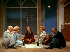 what was Mary thinking moving to this apartment? Mary Tyler Moore Show, Those Were The Days, Vintage Tv, Classic Tv, Her Smile, Single Women, Best Shows Ever, Classic Hollywood, Movie Stars
