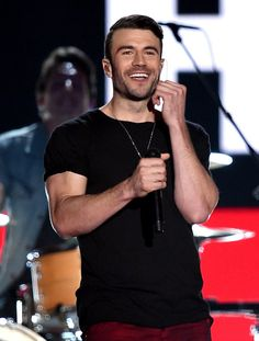 Country music fan or not, you can definitely appreciate the good looks of country singer Sam Hunt! Check out the star's hottest pictures.
