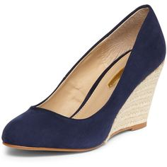 Navy espadrille wedges (3.140 RUB) ❤ liked on Polyvore featuring shoes, sandals, heels, blue, high heel sandals, navy blue heeled sandals, navy blue shoes, navy blue wedge sandals and blue wedge sandals