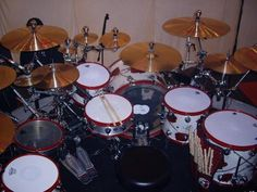 """DW Drums  Alex """"El Animal"""" Gonzalez Drum Kit"""