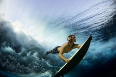 Undervater Surf (National Geographic 2012 Photo Contest)