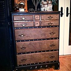 Steamer Trunk Inspired Curbside Chest Of Drawers Makeover