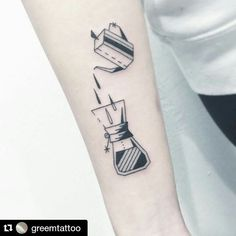 #Repost @greemtattoo with @repostapp ・・・ ✖️handdrip set✖️ . . . #타투 #그림 #아트 #그림타투 #디자인 #일러스트 #블랙 #블랙타투 #tattoo #design #greemtattoo #draw  #blackink #ink #tattooart #illustration #black #blackwork #라인타투 #커피타투 #핸드드립세트 #linetattoo