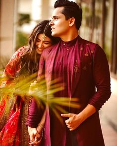 We're Heart-eyes for this Bride who Bloomed in a Raspberry Red Floral Lehenga Photo Poses For Couples, Couple Photoshoot Poses, Couple Posing, Photoshoot Ideas, Pre Wedding Poses, Pre Wedding Photoshoot, Wedding Shoot, Bridal Shoot, Wedding Pics