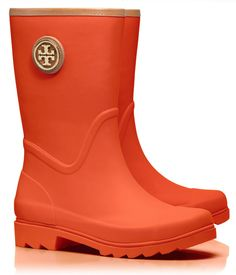 Tory Burch rain boots  http://rstyle.me/n/px6e2pdpe