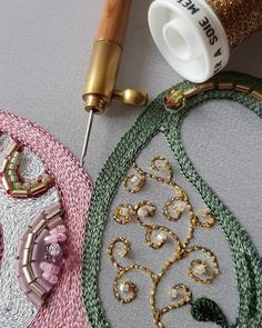 punch needle embroidery jewelry … – Rug making Bead Embroidery Patterns, Tambour Embroidery, Couture Embroidery, Embroidery Needles, Hand Embroidery Stitches, Embroidery Fashion, Modern Embroidery, Embroidery Jewelry, Embroidery Techniques