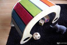 DIY Regenbogenwippe Baby Crafts, Diy Crafts For Kids, Little Star, Little Boys, Waldorf Crafts, Baby Zimmer, Church Nursery, Cecile, 4 Kids