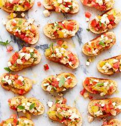 Pois chiches croustillants aux épices & au parmesan - Trois fois par jour Cheddar, Bruschetta, Brie, Exactement, Entrees, Tapas, Dinner, Ethnic Recipes, Parmesan