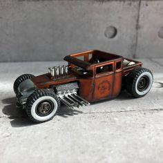 Voitures Hot Wheels, 1950s Rock And Roll, Bone Shaker, Custom Hot Wheels, Abandoned Cars, Model Car, Slot Cars, Diecast Models, Dieselpunk