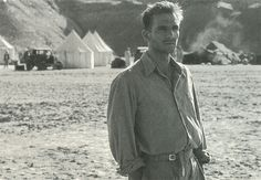 Ralph Fiennes in The English Patient.    weirdest feeling ever thinking Voldemort was hot ♥