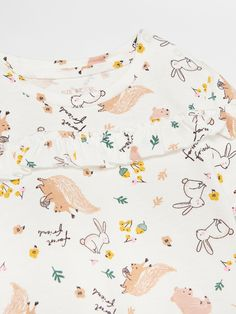 Buy online! T-shirt with ruffle detail, RESERVED, WT172-01X Autumn Animals, Textiles, Kids Patterns, Baby Style, Cute Characters, Surface Pattern Design, Textile Design, Squirrel, Woodland