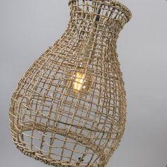 El Rincón Vintage de Karmela: Lámparas colgantes en materiales naturales, mas de moda que nunca.
