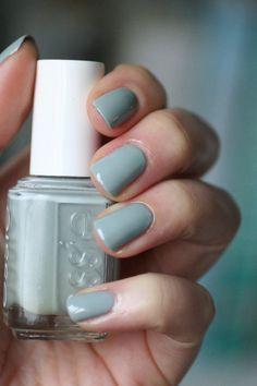 November Nail Polish Favorites | Essie Envy