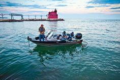 Tracker Targa 18 WT 2013 Jon Boats For Sale, Aluminum Fishing Boats, Tracker Boats, Hunting, America, Fighter Jets, Usa