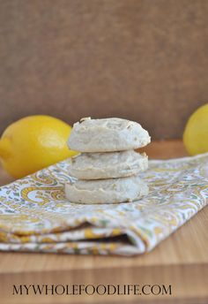 Flourless Lemon Cookies – My Whole Food Life - Partyrezepte Fingerfood Paleo Dessert, Gluten Free Sweets, Gluten Free Baking, Low Carb Desserts, Healthy Sweets, Dairy Free Recipes, Paleo Cookies, Lemon Cookies, Sweet Recipes