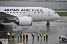 JAL Operates First Boeing 787 Dreamliner Passenger Flight to the US. Sayonala, Have a Good fright (they said !)