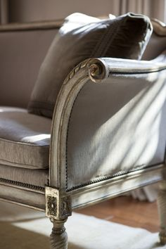 This finish and fabric work with any interior style...love for French, Swedish or in the middle of a modern decor.