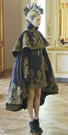 Последняя коллекция Александра Маккуина представлена в Париже