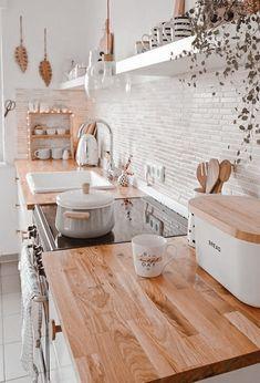 Farmhouse Kitchen Decor, Home Decor Kitchen, Interior Design Kitchen, Home Kitchens, Kitchen Ideas, Modern Farmhouse, Boho Kitchen, Kitchen Bars, Kitchen Plants