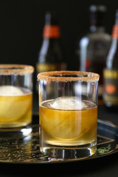 ginger pumpkin bourbon fizz with cinnamon sugar