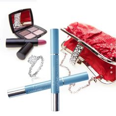 How to pack for a winter vacation: sparkle on! Diamond Dazzle Stik to Go Jewelry tips Packing Jewelry, Travel Jewelry, Travel Organization, Jewelry Organization, Connoisseurs Jewelry Cleaner, Winter Trends, Turquoise Cuff, Pearl Studs, Jewelry Trends