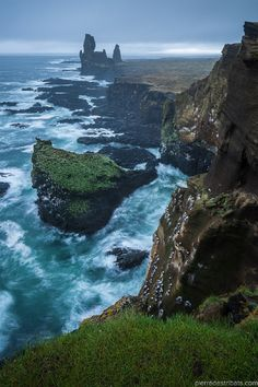 Snæfellsnes coast (Iceland) by Pierre Destribats West Iceland, Iceland Island, North Iceland, Great Places, Beautiful Places, Places To Travel, Places To Visit, Iceland Travel Tips, Roadtrip