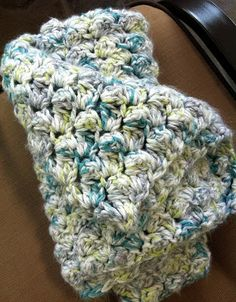 Inspire Me Grey: Two Easy Crochet Baby Blankets