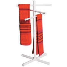 PVC Towel Rack 1:  Keep towels dry and close-by with this PVC towel rack, built from a 5-Way PVC Cross, and 4-Way PVC Crosses. - FORMUFIT.com