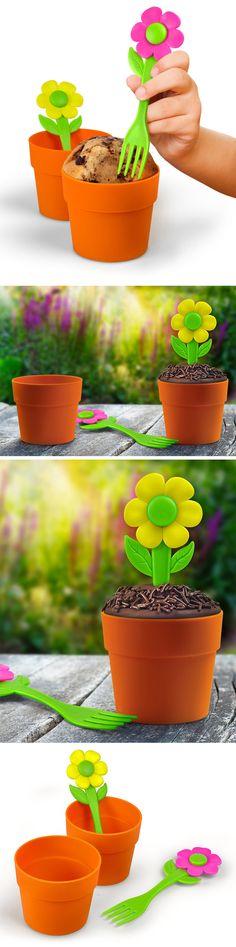 Mini cake pot and flower fork set // so neat! #product_design #kitchen #baking