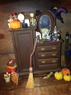 My witches dressing table Haunted Dolls, House Made, Dressing Table, Witches, Dollhouse Miniatures, Pallet, Celtic, Magic, Furniture