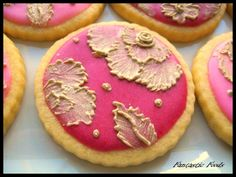 Royal Icing with Egg Whites Cookie Frosting, Egg Whites, Royal Icing, Just Desserts, Cake Decorating, Decorations, Snacks, Cookies, Baking