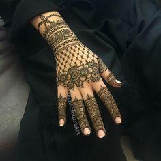 Most Beautiful Henna Mehndi Designs For Women In 2019 - Kurti Blouse Full Mehndi Designs, Latest Bridal Mehndi Designs, Latest Arabic Mehndi Designs, Finger Henna Designs, Henna Art Designs, Indian Mehndi Designs, Mehndi Designs For Girls, Mehndi Designs For Beginners, Mehndi Design Photos