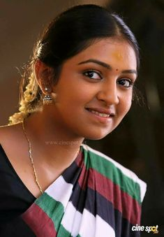 Cute Woman and Hot Girls Beautiful Girl Indian, Beautiful Girl Image, Beautiful Indian Actress, Beautiful Saree, Indian Natural Beauty, Indian Beauty Saree, Lakshmi Menon, Actress Priya, Girl Number For Friendship