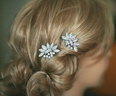 Lydia - Bridal hair comb - Two small vintage style crystal Hair combs Wedding hair accessory  - Made to order