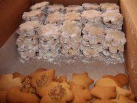 Linecke kolieska s orechovou penou | Mimibazar.sk Krispie Treats, Rice Krispies, Cheese, Desserts, Food, Tailgate Desserts, Deserts, Essen, Postres