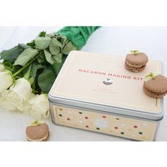 Still looking for the perfect Christmas gift for a friend or loved one? We've got your covered! Purchase one of our gorgeous Macaron Making Kits and if you're feeling festive, why not give our Noel edition a try! www.mondessert.co.uk/shop-baking-kits