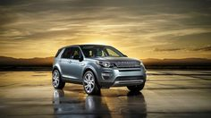 Silver land rover discovery sport2015
