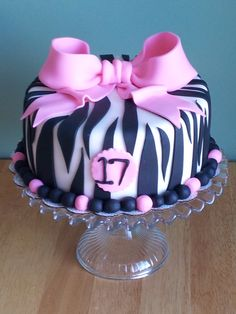 Children's Birthday Cakes - pink and black zebra! so cute for tias 13th bday