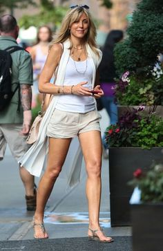 'Switching Lanes' actress Marla Maples arriving at the Trump Soho Hotel in New York City, New York on July Since Marla use to be married to Donald Trump, does she still get free hotel rooms? Fashion Over, Look Fashion, Fashion Outfits, Marla Trump, Marla Maples, Trump Kids, Prep Style, Nautical Fashion, Weekend Outfit