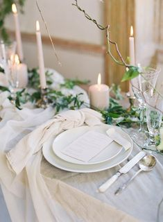 Fine Art Destination Wedding Planner East Made Event Company stylist for film photography workshop by Michael and Carina Neutral wedding reception place setting Neutral linen napkin Antique mother of pearl flatware