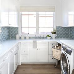 Perfect Laundry Room Decor In Your Tiny House 52 Small Laundry Rooms, Laundry Room Organization, Bathroom Laundry, Bathroom Closet, Washroom, Laundry Room Inspiration, Laundry Room Remodel, Coastal Living Rooms, Storage Room