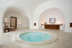 Circular, Sunken Bath: Perivolas Luxury Hotel, #Santorini Island, #Greece