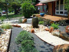 Amazing Front Garden Landscaping Ideas Fresh Looks Front Garden Landscape, Small Front Yard Landscaping, Backyard Landscaping, Landscape Design, Garden Design, Landscaping Ideas, Backyard Ideas, Backyard Pergola, Modern Landscaping