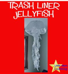 I and the children LOVE these AMAZING trash liner jellyfish. So simple, and yet such an amazing addition to our OCEAN/SEA theme. Vbs Themes, Ocean Themes, Ocean Crafts, Vbs Crafts, Under The Sea Theme, Under The Sea Party, Submerged Vbs, Under The Sea Decorations, Trash Art