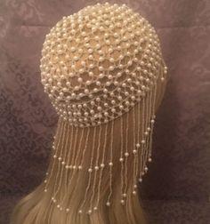 ♥ Six Feathers Studio♥ Art Deco 20s White Ivory Fully Beaded Flapper Cap. #beadedcap #flapper #headpiece #beadedheadpiece #sixfeathersstudio #gatsby