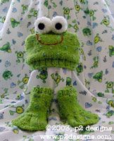 Charity Pattern - Froggy Hat & Socks (knit)