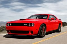 2015 Dodge Challenger SRT Hellcat with '600-plus horsepower' officially unveiled [w/video]
