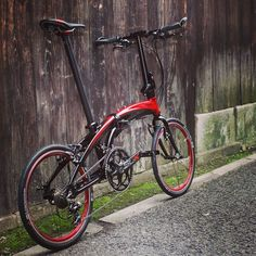 Instagram media by ternbicycles - Our Verge x20 enjoying a rare moment of rest. #ternbike #tern #bike #foldingbike #bicyclelove