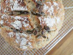 Pataleipä - parasta kotona tehtyä leipää viikonlopuksi! | Annin Uunissa Daily Bread, Camembert Cheese, Pizza, Recipes, Food, Meals, Yemek, Recipies, Eten